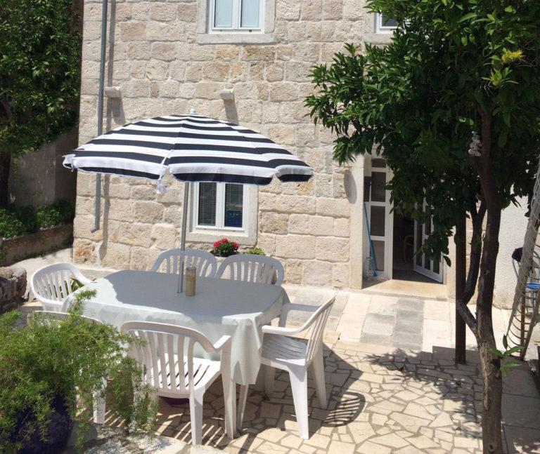 Villa Grace: stone, charm and History